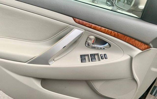 Cần bán lại xe Toyota Camry sản xuất năm 2007 còn mới10