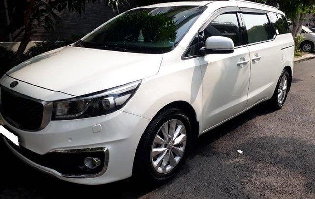 Cần bán xe Kia Sedona sản xuất năm 2015 còn mới, giá tốt1