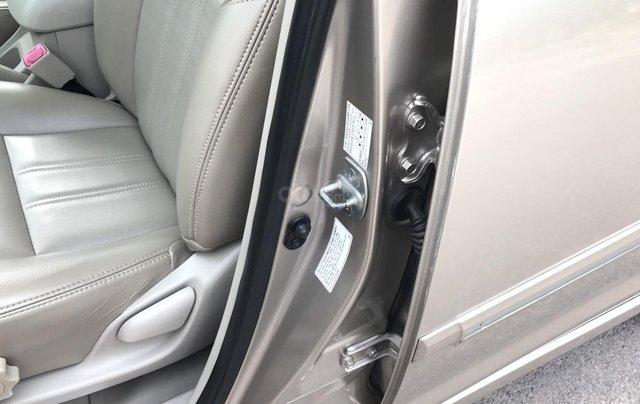 Toyota Innova 2.0E đời cuối 2014 form mới, 1 chủ mua đi từ mới, số tay, màu nâu vàng, xe chất lượng cao13