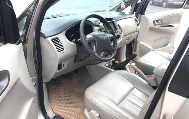 Toyota Innova 2.0E đời cuối 2014 form mới, 1 chủ mua đi từ mới, số tay, màu nâu vàng, xe chất lượng cao3
