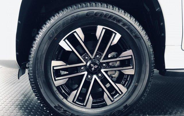 (Hot) Mitsubishi Pajero Sport 4x2 AT new kèm nhiều quà tặng đặc biệt3