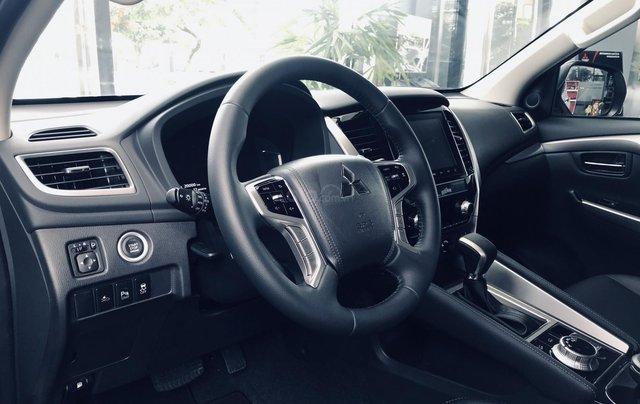 (Hot) Mitsubishi Pajero Sport 4x2 AT new kèm nhiều quà tặng đặc biệt4