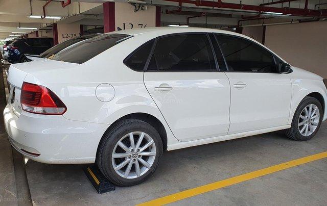 Sedan form dài rộng, xe đức Polo mới đi 6,800km bao test thoải mái3