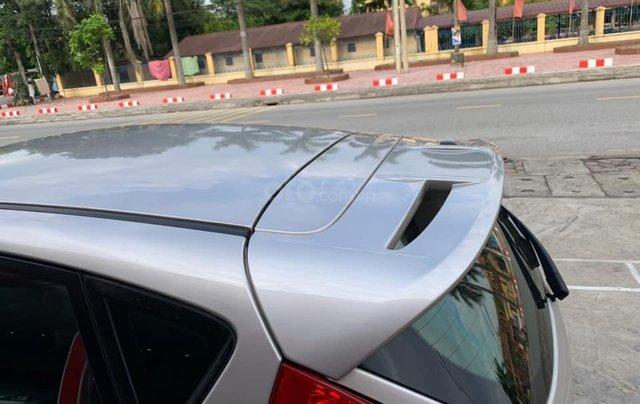 Bán chiếc Ford Fiesta 1.6AT màu ghi vàng, SX 20113