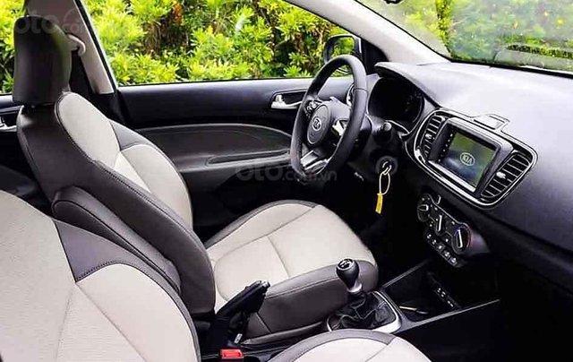 Cần bán xe Kia Soluto sản xuất năm 2020, màu bạc1