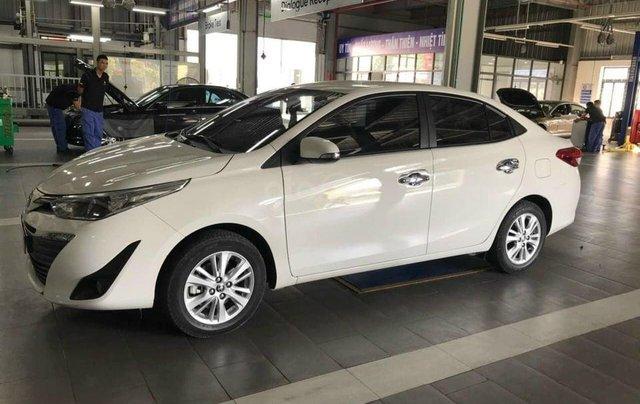 Cần bán gấp Toyota Vios đời 2019, màu trắng0