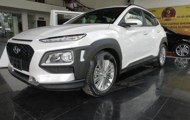 Bán ô tô Hyundai Kona tiêu chuẩn sản xuất 2020, xe nhập, giá thấp0