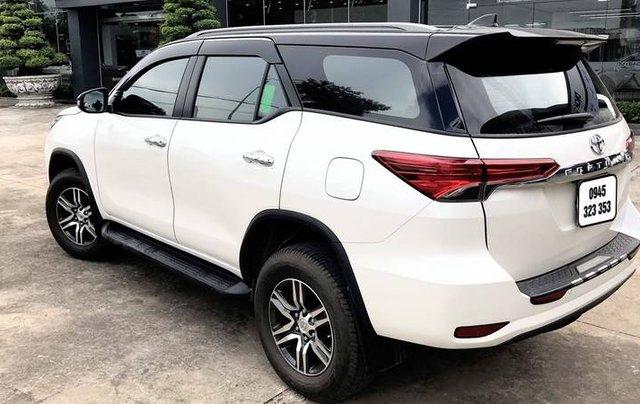 Bán Toyota Fortuner 2020, màu trắng còn mới3