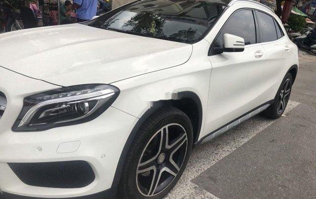 Cần bán Mercedes-Benz GLA250 năm sản xuất 2017, xe chính chủ giá mềm0