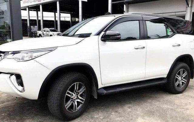 Bán Toyota Fortuner 2020, màu trắng còn mới2