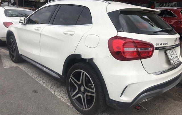 Cần bán Mercedes-Benz GLA250 năm sản xuất 2017, xe chính chủ giá mềm2