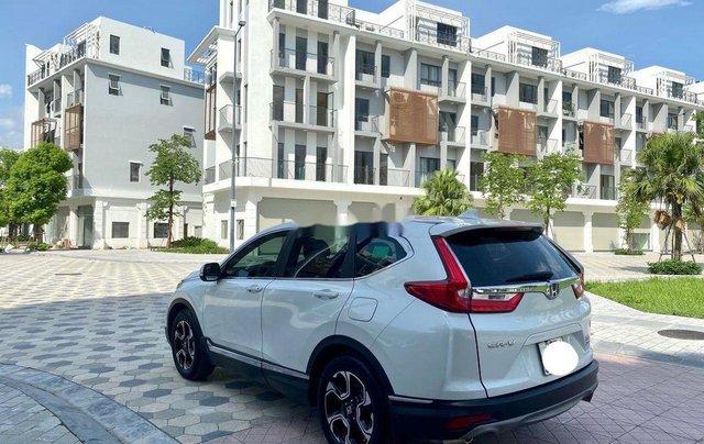 Cần bán gấp Honda CR V đời 2018, màu trắng, xe nhập1
