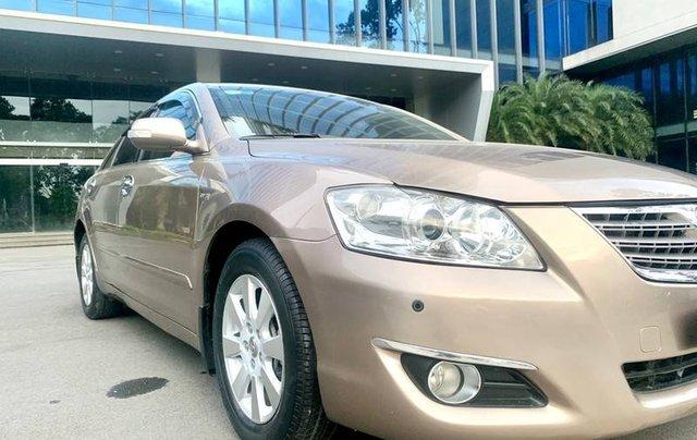 Cần bán lại xe Toyota Camry sản xuất năm 2007 còn mới2