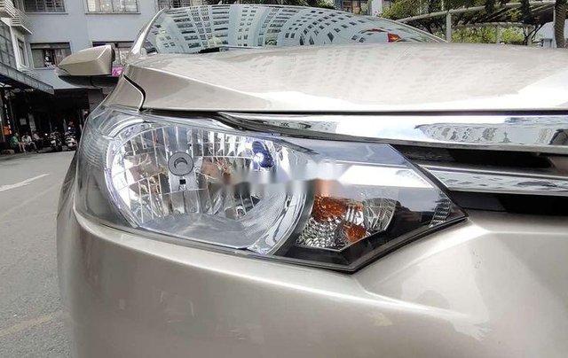 Bán xe Toyota Vios sản xuất năm 2016, xe chính chủ giá mềm10