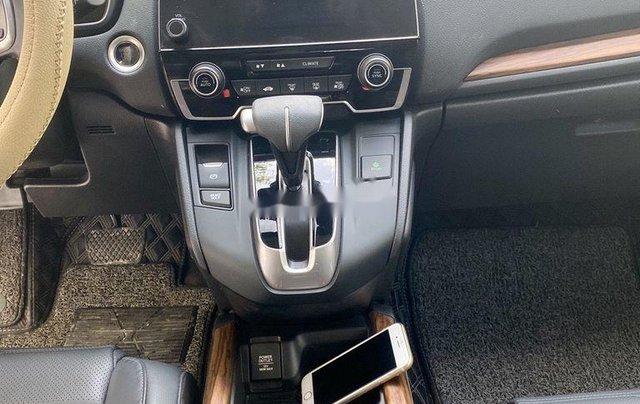 Cần bán gấp Honda CR V đời 2018, màu trắng, xe nhập7