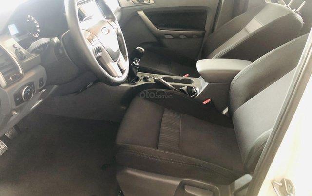 Bán Ford Ranger đăng ký 2016, màu trắng, xe gia đình, giá chỉ 579 triệu đồng7