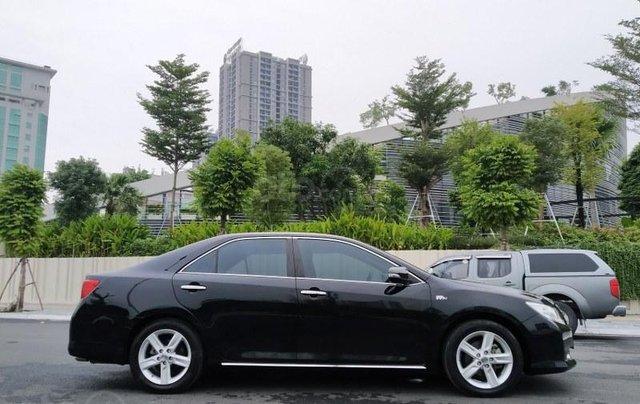 Toyota Camry 2.5Q 2013, màu đen5