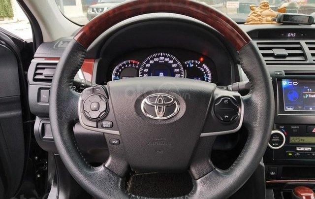 Toyota Camry 2.5Q 2013, màu đen10