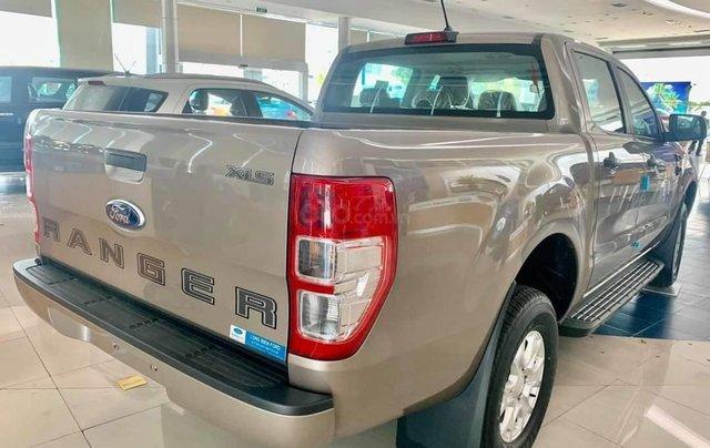 Bán Ford Ranger XLS MT 2020 mới kèm ưu đãi hấp dẫn5