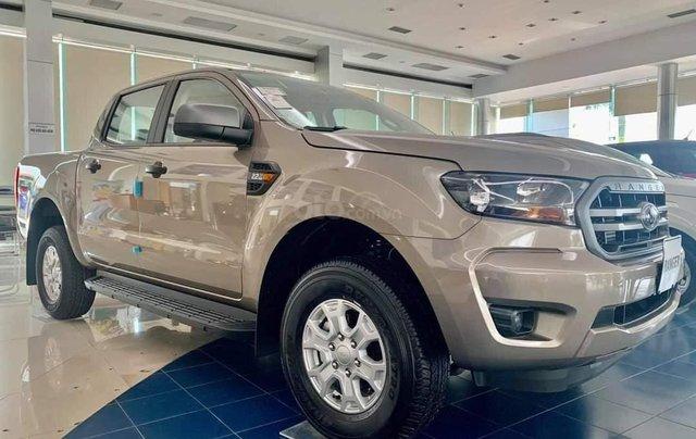 Bán Ford Ranger XLS MT 2020 mới kèm ưu đãi hấp dẫn3