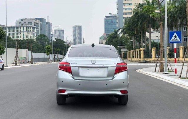 Cần bán xe Toyota Vios G 2017, màu bạc0