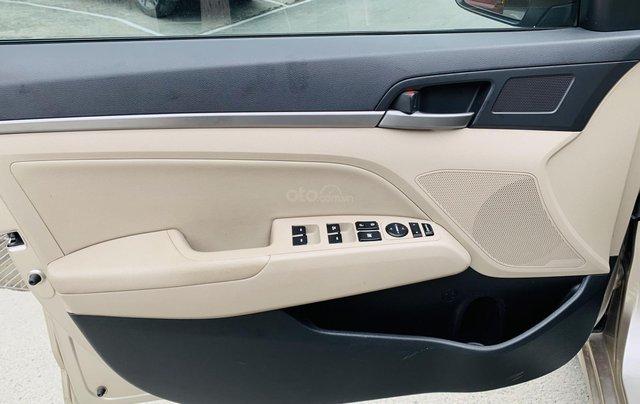 Bán Hyundai Elantra 1.6AT 2018 đăng ký 201910
