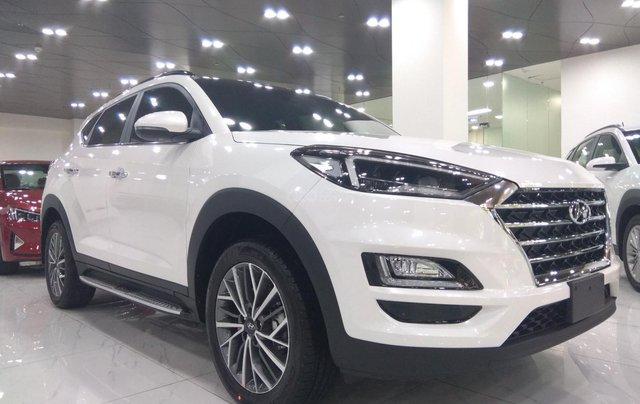 Hyundai Tucson 2021 đủ màu giao ngay, giảm giá cùng nhiều quà tặng trong trong tháng 10