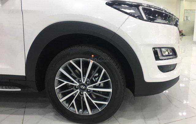 Hyundai Tucson 2021 đủ màu giao ngay, giảm giá cùng nhiều quà tặng trong trong tháng 13