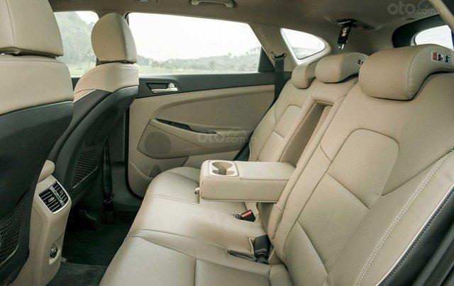 Hyundai Tucson 2021 đủ màu giao ngay, giảm giá cùng nhiều quà tặng trong trong tháng 15