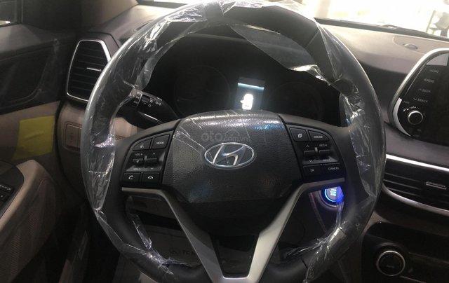 Hyundai Tucson 2021 đủ màu giao ngay, giảm giá cùng nhiều quà tặng trong trong tháng 17