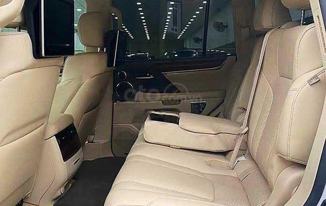 Xe Lexus LX sản xuất 2015, màu trắng, nhập khẩu nguyên chiếc còn mới2