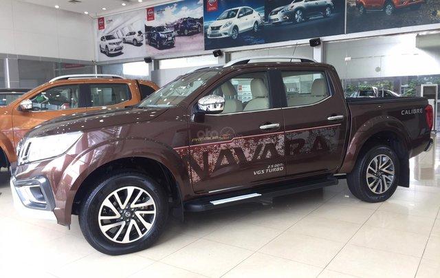 Nissan Navara EL số tự động 1 cầu, sản xuất năm 2020, giá 640 triệu1