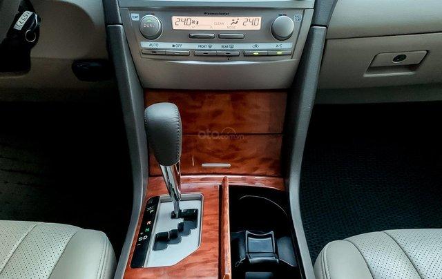 Cần bán Camry 2.4 G SX 2011. Chính chủ từ mới, xe đẹp nguyên bản10