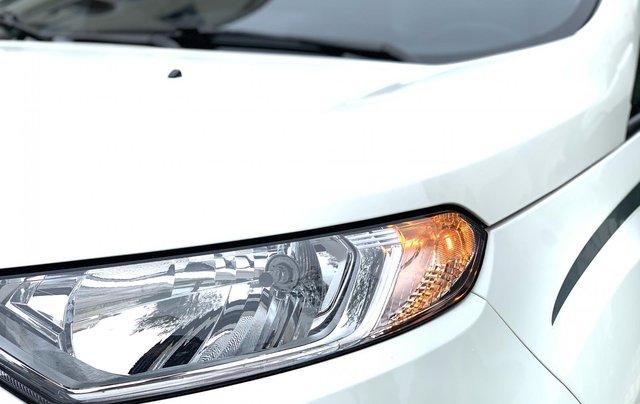 Ford EcoSport 2018 Titanium màu trắng6