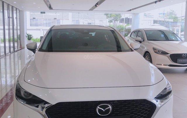 All New Mazda3 giảm 50% phí trước bạ, hỗ trợ vay 85%1