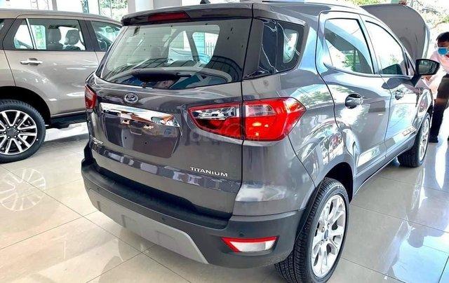 Cần bán lại với giá ưu đãi nhất chiếc Ford EcoSport màu xám đời 2020, giao nhanh toàn quốc2