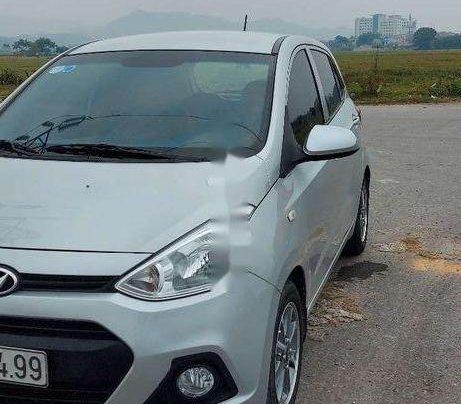 Bán Hyundai Grand i10 sản xuất năm 2015, màu bạc, nhập khẩu nguyên chiếc2