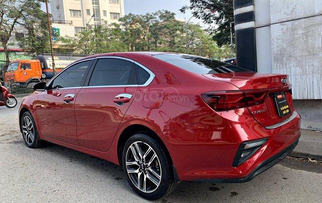 Cần bán nhanh với giá thấp chiếc Kia Cerato 1.6MT sản xuất năm 2019, xe một đời chủ2