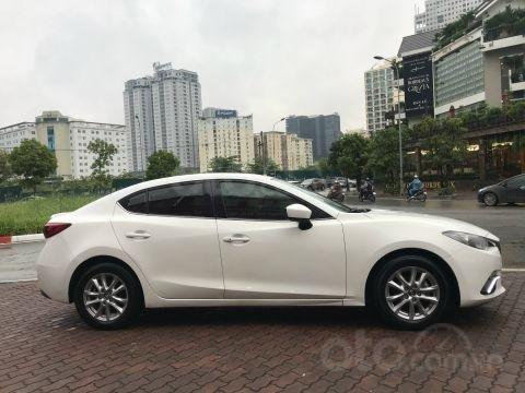 Bán xe Mazda 3 1.5AT SX 2016 biển HN, zin từng con ốc8