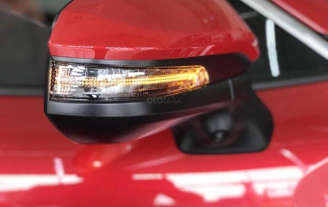 Toyota Corolla Cross 2020, có sẵn, đủ màu giao ngay tháng 11/2020, giá ưu đãi3