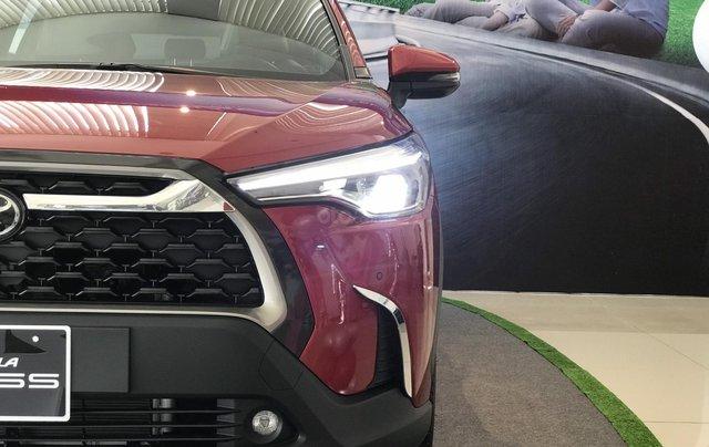 Toyota Corolla Cross 2020, có sẵn, đủ màu giao ngay tháng 11/2020, giá ưu đãi0