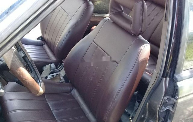 Cần bán xe Nissan Laurel năm 1996, xe gia đình2