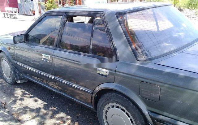 Cần bán xe Nissan Laurel năm 1996, xe gia đình0