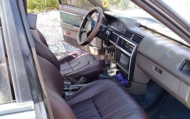 Cần bán xe Nissan Laurel năm 1996, xe gia đình3