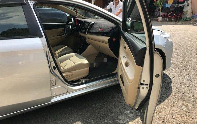 Cần bán xe Toyota Vios sản xuất 2017, màu bạc xe gia đình, giá chỉ 410 triệu6