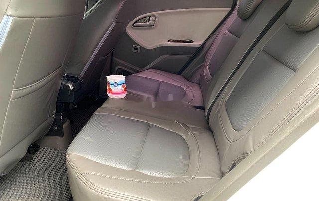 Cần bán xe Kia Morning sản xuất 2015, màu trắng, nhập khẩu10