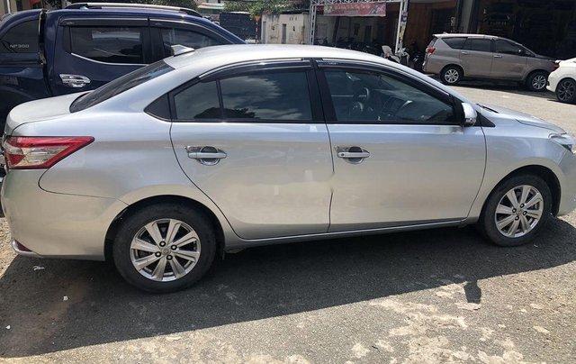 Bán Toyota Vios sản xuất năm 2017, màu bạc, nhập khẩu 8