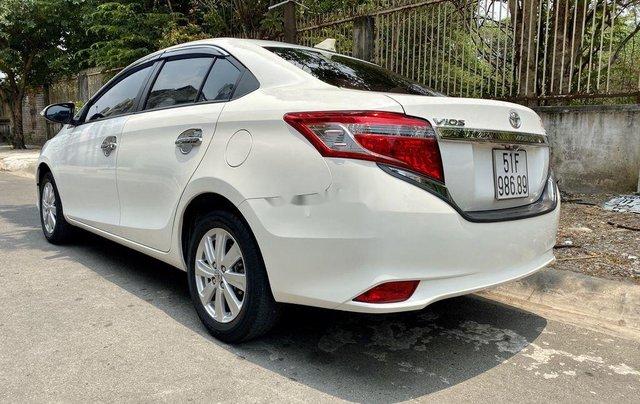 Bán Toyota Vios đời 2016, màu trắng xe gia đình, giá 400tr1