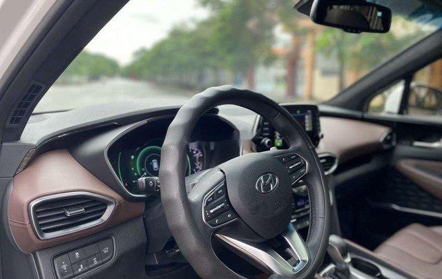 Cần bán gấp Hyundai Santa Fe 2020, màu trắng số tự động7