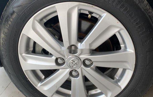 Bán ô tô Toyota Vios đời 2015, màu bạc, số sàn6
